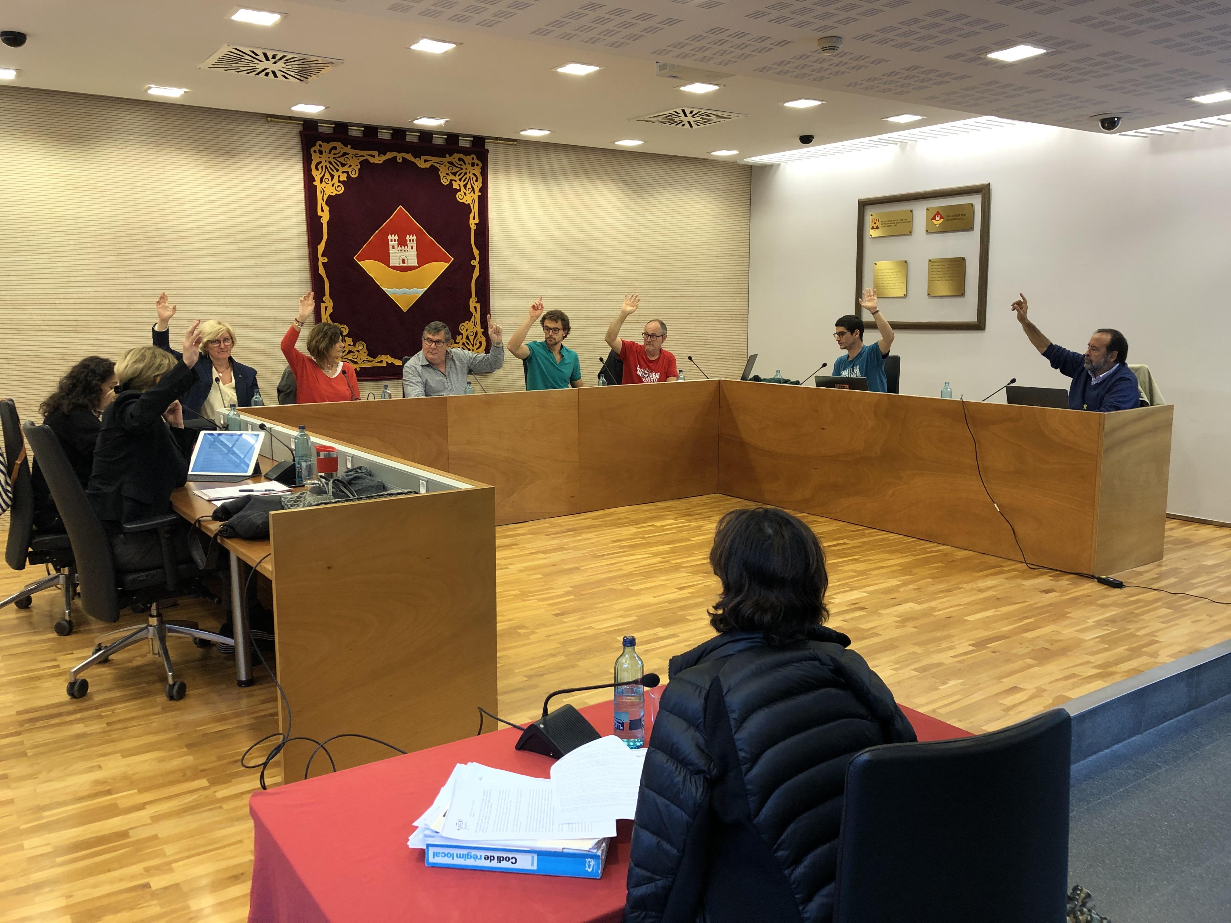 Valldoreix rebutja la criminalització de l'independentisme i aprova la creació d'una nova app d'informació ciutadana